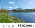 白樺湖 秋 湖の写真 35020901