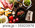 肉料理 フライパン 食材の写真 35023978
