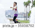 トレーニングをする女性 35038702
