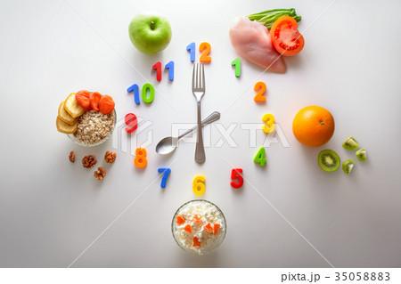 Clock of the health nutritionの写真素材 [35058883] - PIXTA