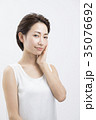 ミドル女性 ビューティーイメージ 35076692