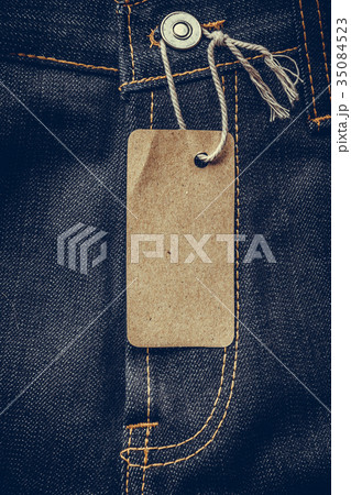 blank tags with jeansの写真素材 [35084523] - PIXTA