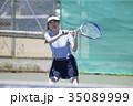 テニスをする女性 35089999