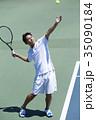 テニスをする男性 35090184