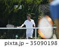 テニスをする男性 35090198