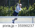 テニスをする女性 35090237