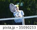 テニスをする女性 35090253