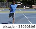 テニスをする男性 35090306