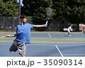 テニスをする男性 35090314