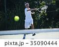 テニスをする男性 35090444