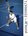 テニスをする男性 ダブルス 35090471