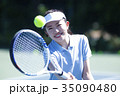 テニスをする女性 35090480