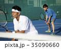 テニスをする男性 ダブルス 35090660