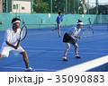 テニスをする男女 ダブルス 35090883