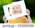 フレーム 子供 女の子の写真 35099266