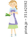 買物 笑顔 女性のイラスト 35142092