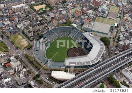 阪神甲子園球場を空撮 35178685