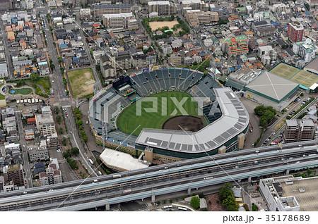 阪神甲子園球場を空撮 35178689