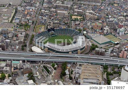 阪神甲子園球場を空撮 35178697