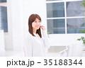 女性 ポートレート 笑顔の写真 35188344