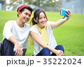 大学生 キャンパスライフ カップルの写真 35222024