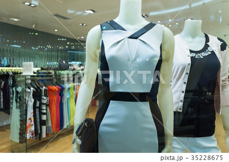 fashion clothes on mannequinの写真素材 [35228675] - PIXTA