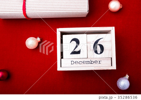 Boxing Day Sale. Calendar with dateの写真素材 [35286536] - PIXTA