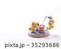 お正月イメージ 年賀状素材 戌年 柴犬 ポストカード 35293686