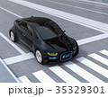 自動運転車フロント部に表示している安全通行のサインで車と歩行者のコミュニケーションを図るコンセプト 35329301