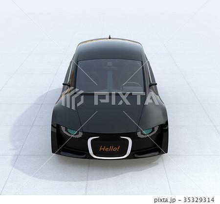車のフロント部にデジタル表示で運転者へ挨拶が表示され、車と人のコミュニケーションのコンセプト 35329314