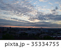 朝焼けに伸びる雲 35334755
