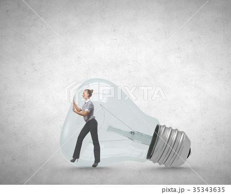 Inside light bulbの写真素材 [35343635] - PIXTA