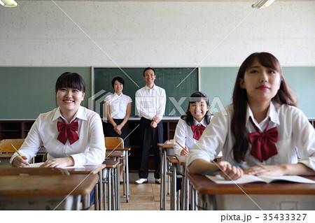女子学生 35433327
