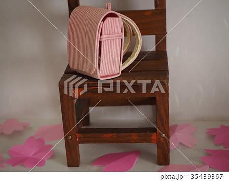ミニチュアランドセル 椅子の写真素材 [35439367] - PIXTA
