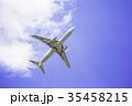 離陸した飛行機  ボーイング737-800 35458215