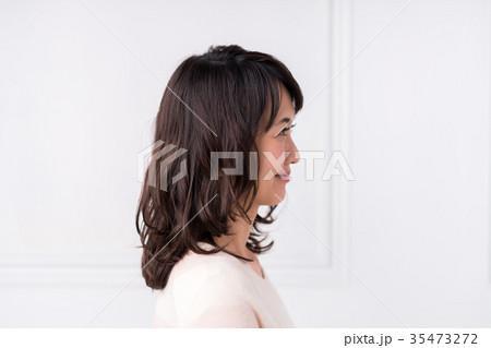 若い女性 35473272