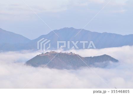 立雲峡からの竹田城跡 ① 35546805