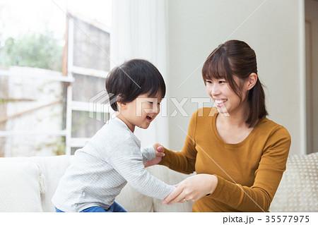 母 息子 育児 子育て 35577975
