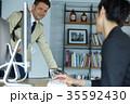 ビジネス 外国人と日本人 35592430