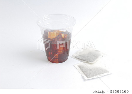 Cold tea; objects on white backgroundの写真素材 [35595169] - PIXTA