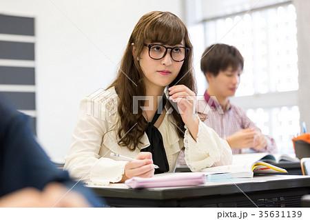 大学生 勉強 35631139