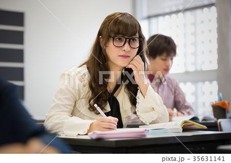 大学生 勉強 35631141