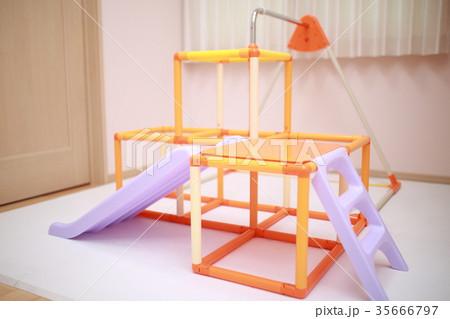 ジャングルジム (滑り台 鉄棒 マンション 一軒家 遊具 育児 子育て 知育 幼児教育 運動 玩具) 35666797