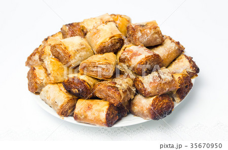 Baklava dessert slices on a plateの写真素材 [35670950] - PIXTA
