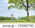 親子 公園 遊ぶの写真 35680785