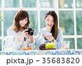 カメラ 撮影 スマートフォンの写真 35683820