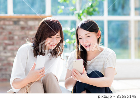 若い女性 35685148