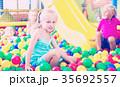 女の子 女児 女子の写真 35692557