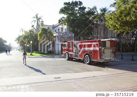 消防車 アメリカの消防車 海外の働く車 35715219
