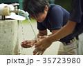 少年野球 男の子 水道の写真 35723980